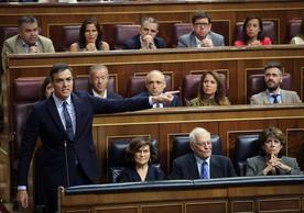 Spanish Acting Prime Minister Pedro Sánchez in the Congress of Deputies.
